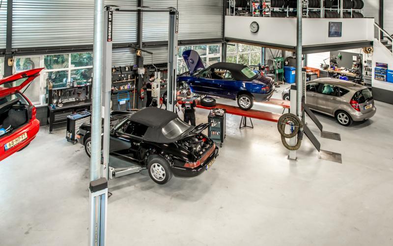 Werkplaats van AutoCrew Rietbergen