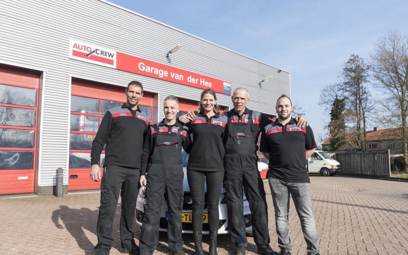 Het team van AutoCrew Van der Hee