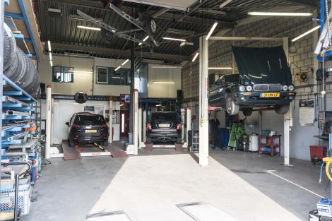 De werkplaats van Autobedrijf Saco Wientjes